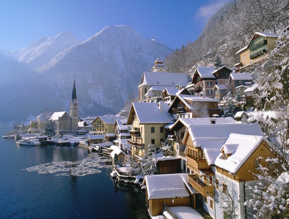 10. Hallstatt, Austria