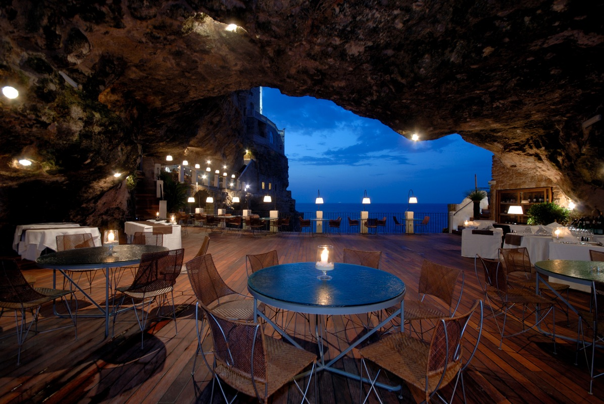 27. Hotel Ristorante Grotta Palazzese, Italy