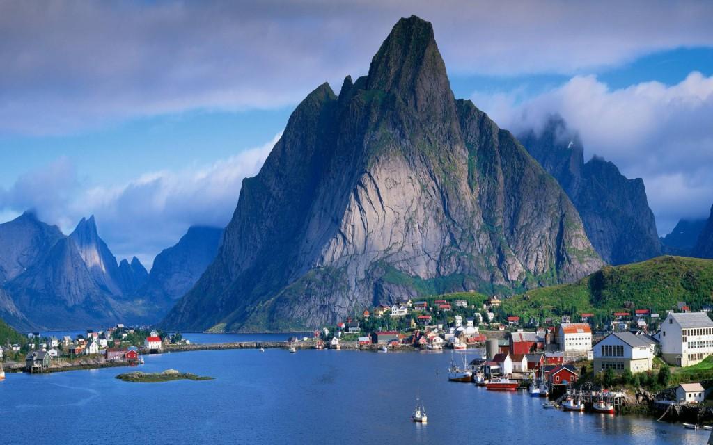 6. Reine, Norway