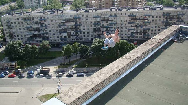 9. The last photograph of Russian freerunner Pavel Kashin in his last backflip attempt