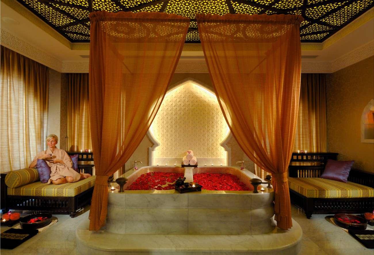 8. Emirates Palace, Abu Dhabi